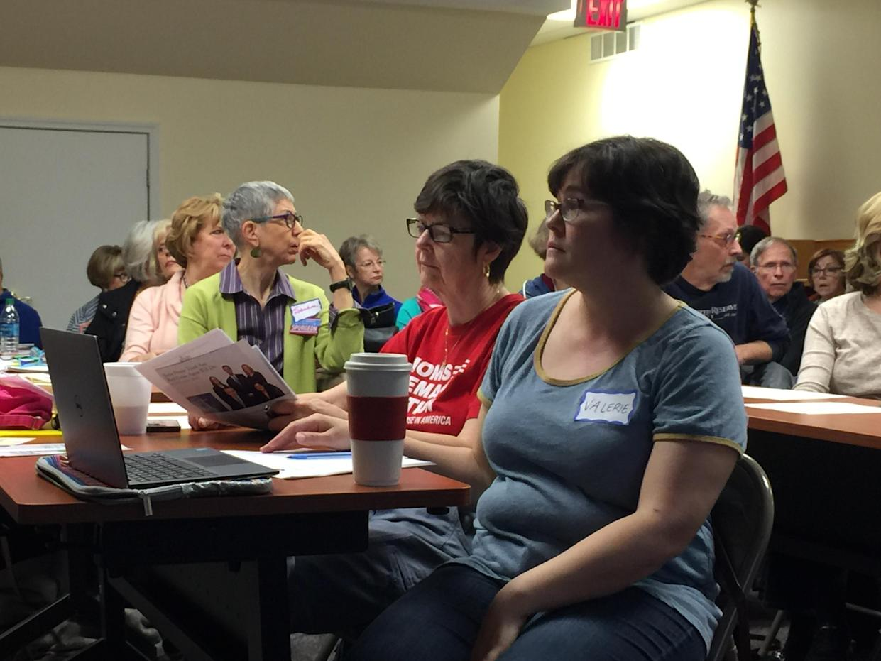 A meeting of 412 Resistance at the Dormont Public Library last spring. (Photo: Garance Franke-Ruta/Yahoo News)