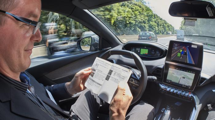 La France va autoriser les tests sans conducteur dès 2019 — Automobile