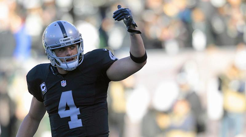 Raiders QB Derek Carr frustrated by lack of a new deal