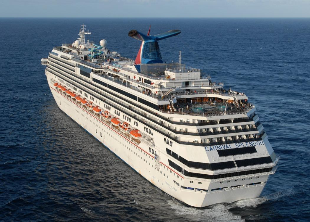 30-person brawl that broke out on Carnival Cruise liner captured on video