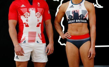 Olympics - Team GB Rio 2016 Olympic Games Kit Launch - Seymour Leisure Centre, London - 27/4/16 (L-R) Team GB's Tom Mitchell and Jessica Ennis-Hill pose for a photo during the kit launch Reuters / Stefan Wermuth
