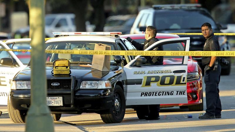 A male police officer has been shot dead near the police headquarters in San Antonio.