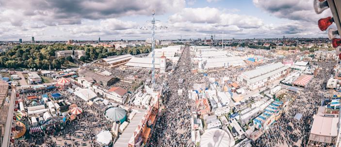 Aerial view of the Oktoberfest grounds in central Munich. Credit: Achim Schmidt/ Paulaner Brauerei Gruppe