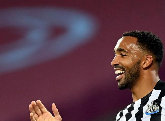 New signings score as Newcastle beat West Ham 2-0 in EPL