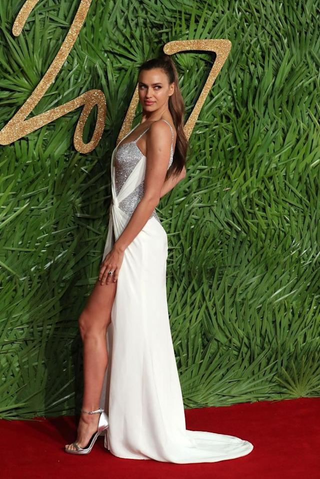 <p>Irina Shayk's super high ponytail was a highlight of the model's look. (Photo: Getty Images) </p>