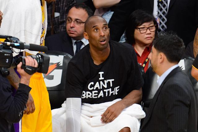 "Kobe Bryant wears an ""I Can't Breathe"" T-shirt to protest the death of Eric Garner at a basketball game between the Sacramento Kings and the Los Angeles Lakers at Staples Center, Dec. 9, 2014, in Los Angeles. (Photo: Noel Vasquez/GC Images)"