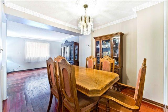 """<p><a rel=""""nofollow"""" href=""""https://www.zoocasa.com/toronto-on-real-estate/5080880-34-levitt-crt-toronto-on-m2r3p9-c4041629"""">34 Levitt Crt, Toronto, Ont.</a><br /> The home also includes central air, furnace and humidifier, and the windows and AC were both replaced in 2015.<br /> (Photo: Zoocasa) </p>"""