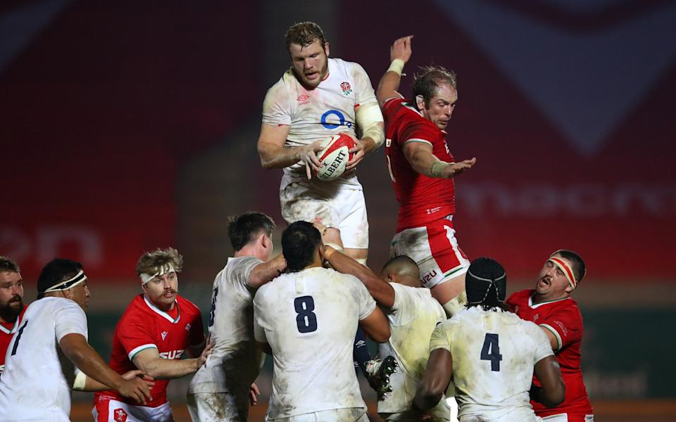 Joe Launchbury of England wins a lineout ahead of Alun Wyn Jones of Wales during the Autumn Nations Cup match between Wales and England at Parc y Scarlets on November 28, 2020 - Getty Images