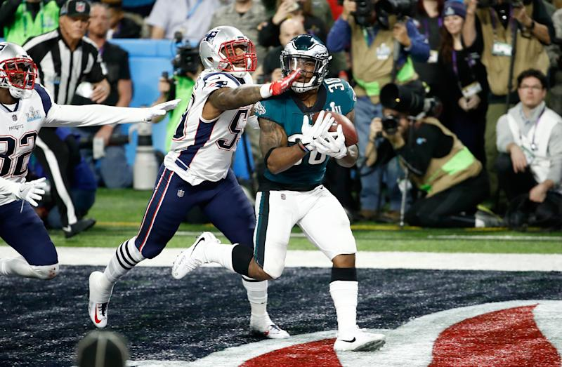 Corey Clement's wild TD catch helped the Philadelphia Eagles beat the New England Patriots in Super Bowl LII. (Photo by Andy Lyons/Getty Images)