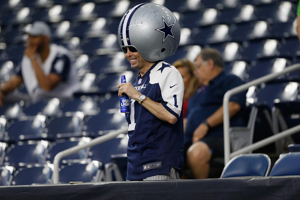 Teams like the Dallas Cowboys could at least have half of their stadium full. (Photo by Bob Levey/Getty Images)