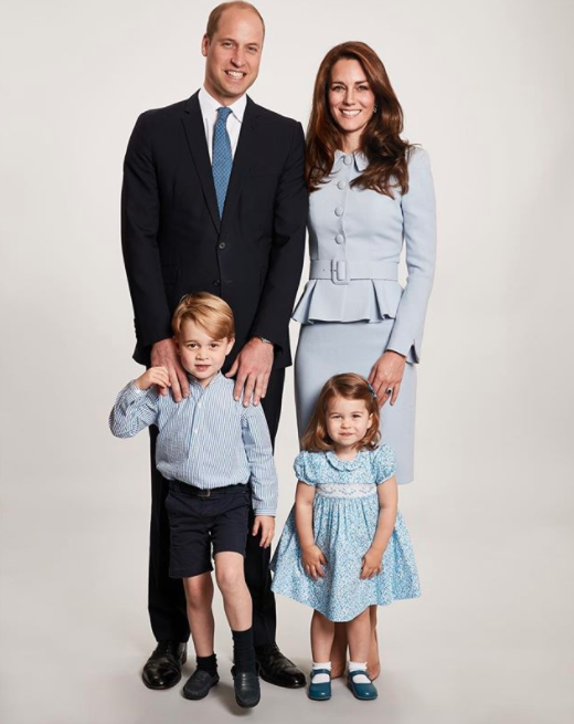 People have noticed a massive error with Will and Kate's Christmas card. Photo: Instagram/Kensington Palace