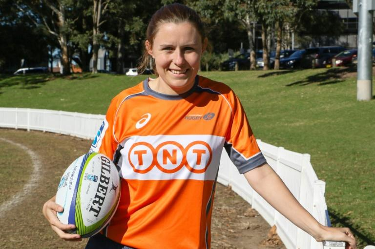 Perrett becomes Super Rugby's first female referee
