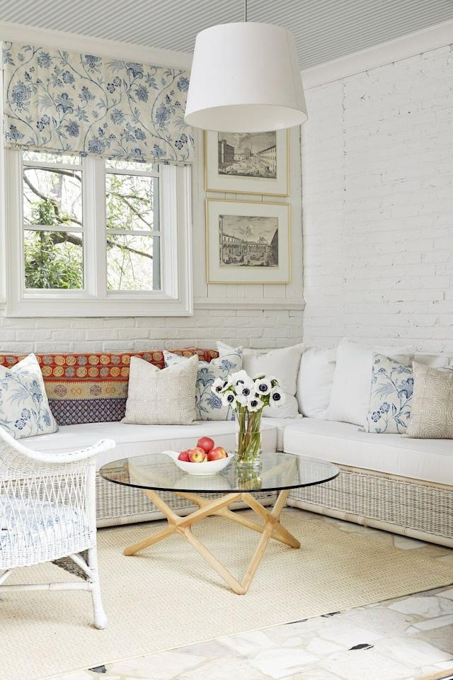"""<p>For a classic vibe with modern accents woven in for good measure, we recommend a Scandinavian-inspired coffee table and never-goes-out-of-style wicker furniture. </p><p><strong>See more at <a href=""""https://www.pencilandpaperco.com/blog/2019/4/15/favorite-finds"""" target=""""_blank"""">Pencil & Paper Co.</a></strong></p><p><a class=""""body-btn-link"""" href=""""https://www.amazon.com/bonVIVO-Designer-Coffee-Donatella-Natural/dp/B06VVXJ6BH/?tag=syn-yahoo-20&ascsubtag=%5Bartid%7C10050.g.31154392%5Bsrc%7Cyahoo-us"""" target=""""_blank"""">SHOP MODERN COFFEE TABLES</a></p>"""