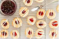 """<p>The <a href=""""https://www.thepioneerwoman.com/food-cooking/g33854357/best-air-fryers/"""" rel=""""nofollow noopener"""" target=""""_blank"""" data-ylk=""""slk:air fryer"""" class=""""link rapid-noclick-resp"""">air fryer</a> is an amazing invention—and it's not just for making french fries. This genius kitchen device can cook just about anything: <a href=""""https://www.thepioneerwoman.com/food-cooking/meals-menus/g31981626/30-minute-meal-ideas/"""" rel=""""nofollow noopener"""" target=""""_blank"""" data-ylk=""""slk:easy weeknight meals"""" class=""""link rapid-noclick-resp"""">easy weeknight meals</a>, <a href=""""https://www.thepioneerwoman.com/food-cooking/a37012984/pasta-chips-tiktok-videos-recipes/"""" rel=""""nofollow noopener"""" target=""""_blank"""" data-ylk=""""slk:trendy TikTok snacks"""" class=""""link rapid-noclick-resp"""">trendy TikTok snacks</a>, fun appetizers and more. Alex Drummond even swears by it for her <a href=""""https://www.thepioneerwoman.com/food-cooking/a37069204/alex-drummond-air-fryer-sweet-potato-fries-recipe/"""" rel=""""nofollow noopener"""" target=""""_blank"""" data-ylk=""""slk:crisp sweet potato fries"""" class=""""link rapid-noclick-resp"""">crisp sweet potato fries</a>! But did you know about all the great air fryer desserts you can make, too? </p><p>Even if you're an air fryer aficionado, you may not have thought to use it for baking. But turns out the air fryer can crank out amazing sweets. Treats like pastries, cookies, doughnuts and even cakes, which you would normally bake in your oven or deep-fry on the stove, are all possible in the air fryer—and they're not hard to make at all. (Many of these air fryer desserts call for puff pastry or refrigerated dough—which means they're extra easy!) Once you get the hang of making air fryer desserts, you might even eventually be able to come up with your own recipes. Read on to see all the air fryer desserts you should make next time you're craving something sweet. </p>"""