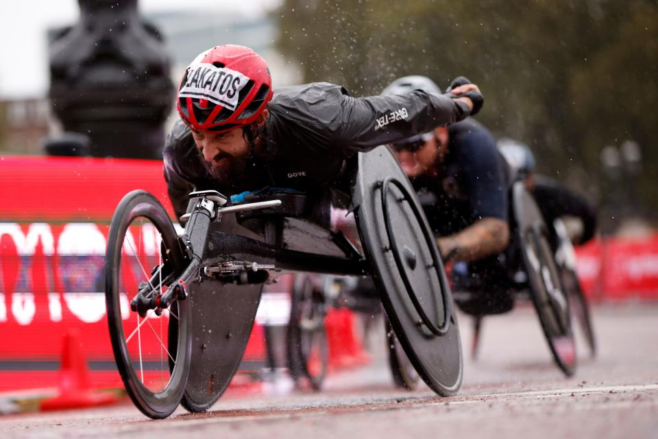 Canada's Brent Lakatos on his way to victory in the men's elite wheelchair race at the 2020 London Marathon in central London on October 4, 2020. (Photo by JOHN SIBLEY / POOL / AFP) (Photo by JOHN SIBLEY/POOL/AFP via Getty Images)