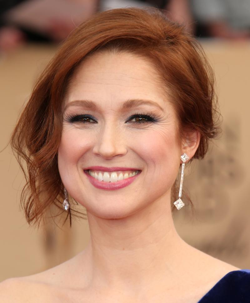 LOS ANGELES, CA - JANUARY 29: Actress Ellie Kemper arrives at the 23rd Annual Screen Actors Guild Awards at The Shrine Expo Hall on January 29, 2017 in Los Angeles, California. (Photo by Dan MacMedan/WireImage)