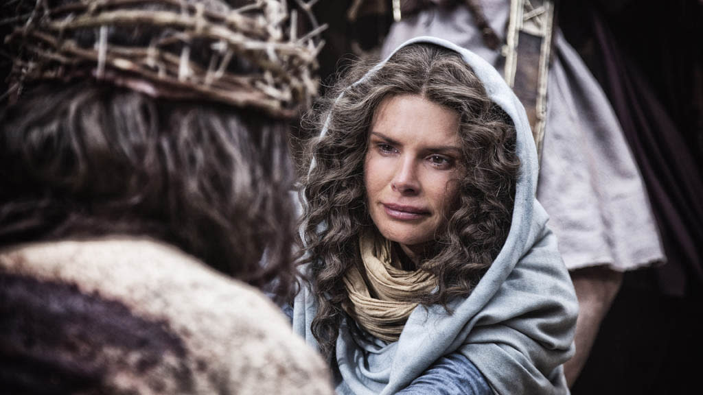 Mother Mary played by Roma Downey