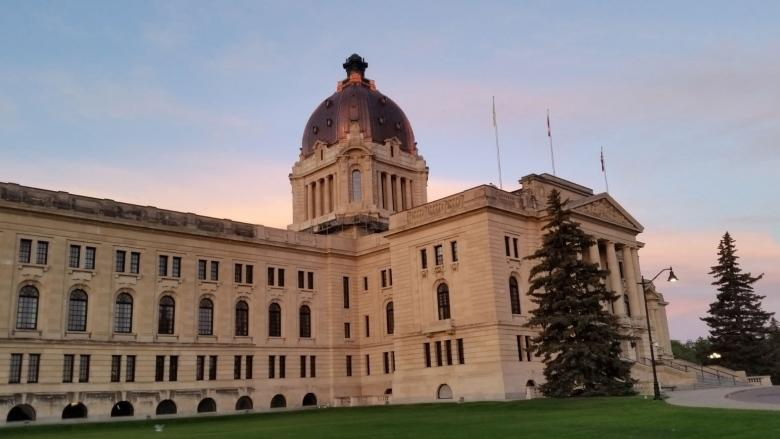 'It doesn't look promising': Sask. government faces opposition to wage cuts