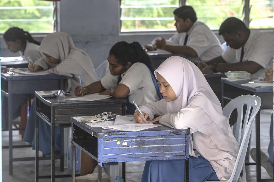 A video claiming to show leaked SPM questions was circulated on social media after the exam for the subject was held on February 24. — File picture by Shafwan Zaidon