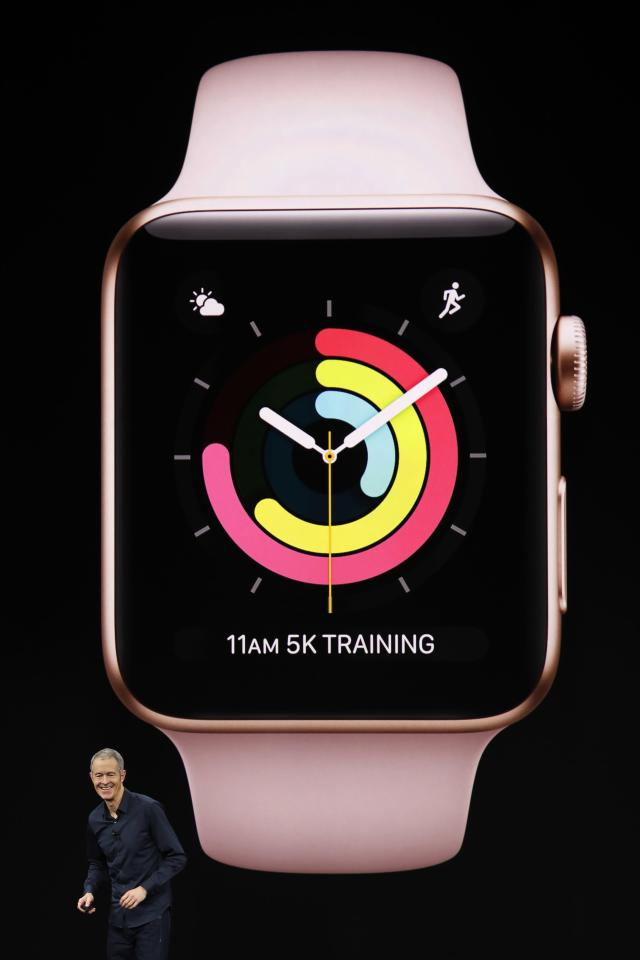 <p>Familiar features like the circles are definitely still present on the Apple Watch Series 3. REUTERS/Stephen Lam </p>