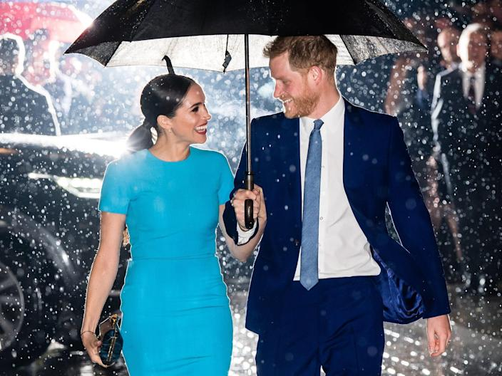 harry meghan blue outfits