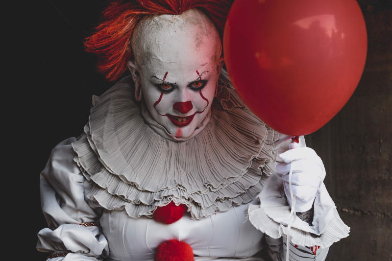 Maci Ann Tate dressed as Pennywise from 'It.' (Photo: Sarah Bergeron)