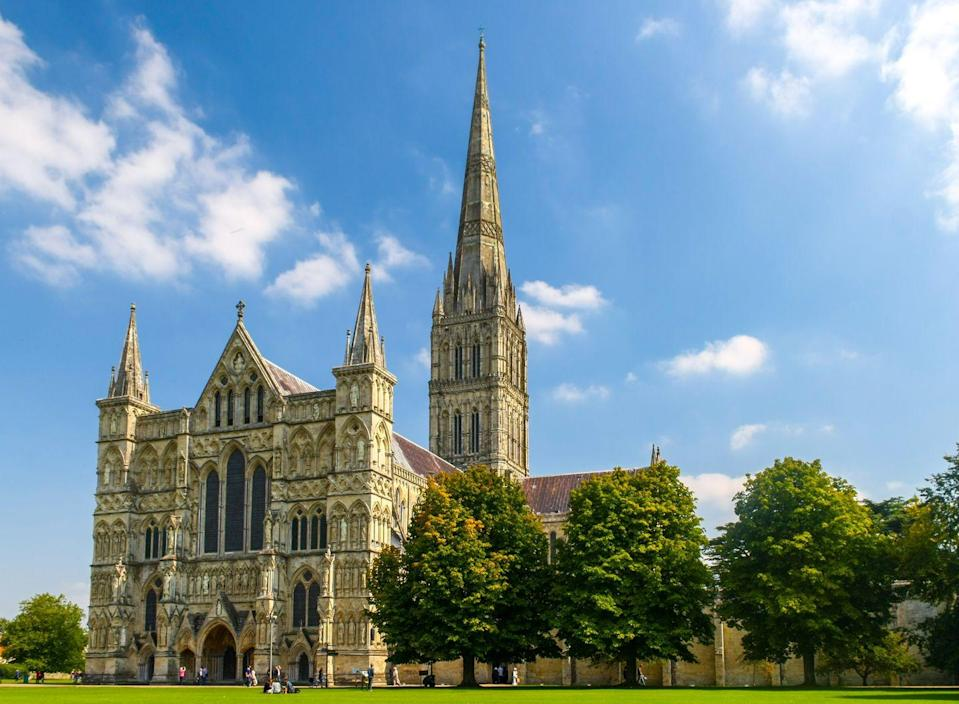 """<p>There's family fun around every corner in Salisbury. Head to the Salisbury Museum where you can get hands on with artefacts. At <a href=""""https://www.salisburycathedral.org.uk"""" rel=""""nofollow noopener"""" target=""""_blank"""" data-ylk=""""slk:Salisbury Cathedral"""" class=""""link rapid-noclick-resp"""">Salisbury Cathedral</a>, kids can enjoy exhibits about the Magna Carta, and even have a go in the stocks. </p><p>During summer holidays, there's also craft sessions, workshops and children's trails around the cathedral. Over at the Old Sarum, the original site of Salisbury and the ruins of the original cathedral, there's regular family-friendly events in the school holidays, from Roman invasions to jousting. </p><p>And, of course, just eight miles north of the city, you can visit the UNESCO World Heritage Site of <a href=""""https://go.redirectingat.com?id=127X1599956&url=https%3A%2F%2Fwww.english-heritage.org.uk%2Fvisit%2Fplaces%2Fstonehenge%2F&sref=https%3A%2F%2Fwww.prima.co.uk%2Ftravel%2Fg34772208%2Fcity-breaks-with-kids%2F"""" rel=""""nofollow noopener"""" target=""""_blank"""" data-ylk=""""slk:Stonehenge"""" class=""""link rapid-noclick-resp"""">Stonehenge</a>.</p><p><strong>Where to stay:</strong> Set in 1.5 acres of scenic gardens, the <a href=""""https://go.redirectingat.com?id=127X1599956&url=https%3A%2F%2Fwww.booking.com%2Fhotel%2Fgb%2Fgrasmere-house.en-gb.html%3Faid%3D2070936%26label%3Dcity-breaks-with-kids&sref=https%3A%2F%2Fwww.prima.co.uk%2Ftravel%2Fg34772208%2Fcity-breaks-with-kids%2F"""" rel=""""nofollow noopener"""" target=""""_blank"""" data-ylk=""""slk:Grasmere House Hotel"""" class=""""link rapid-noclick-resp"""">Grasmere House Hotel </a>is a family-friendly oasis with room for kids to run around yet just a few minutes' walk from the centre of Salisbury.</p><p><a class=""""link rapid-noclick-resp"""" href=""""https://go.redirectingat.com?id=127X1599956&url=https%3A%2F%2Fwww.booking.com%2Fhotel%2Fgb%2Fgrasmere-house.en-gb.html%3Faid%3D2070936%26label%3Dcity-breaks-with-kids&sref=https%3A%2F%2Fwww.prima.co.uk%2Ftravel%2Fg34772208%2Fcit"""