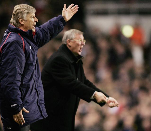 LONDON - FEBRUARY 1: Arsenal manager, Arsene Wenger and Manchester United Manager, Alex Ferguson, yell instructions from the sidelines during the Barclays Premiership match between Arsenal and Manchester United at Highbury on February 1, 2005 in London, England. (Photo by Ben Radford/Getty Images)
