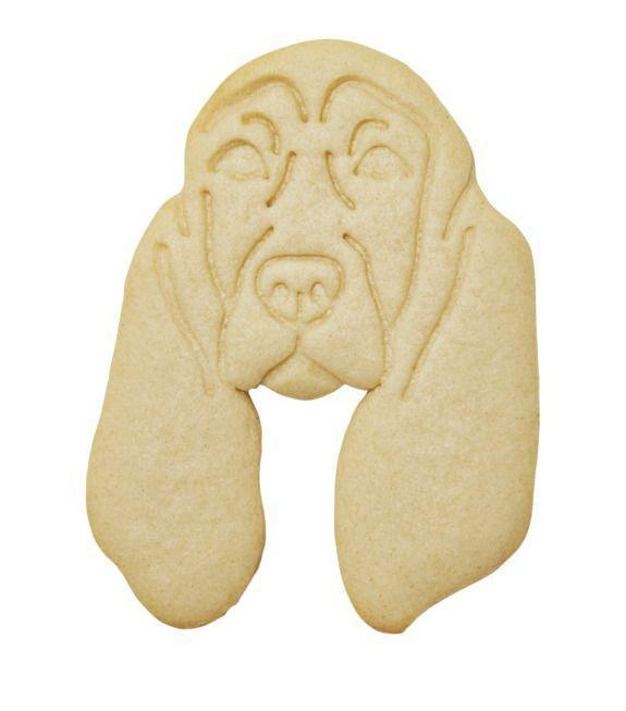 "<p>portraitcutters.com</p><p><strong>$30.00</strong></p><p><a href=""https://www.portraitcutters.com/product-page/custom-pet-portrait-cookie-cutter"" rel=""nofollow noopener"" target=""_blank"" data-ylk=""slk:Shop Now"" class=""link rapid-noclick-resp"">Shop Now</a></p><p>What could be better than cookies? Cookies shaped like your dog! This cutter is of Ree's dog Fred, but you can send in a photo to get your own cat or dog custom made. </p>"