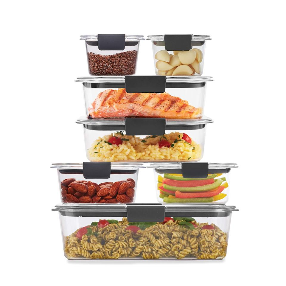 """<br><br><strong>Rubbermaid</strong> Brilliance Storage 14-Piece Plastic Lids, $, available at <a href=""""https://amzn.to/3oBcVcP"""" rel=""""nofollow noopener"""" target=""""_blank"""" data-ylk=""""slk:Amazon"""" class=""""link rapid-noclick-resp"""">Amazon</a>"""