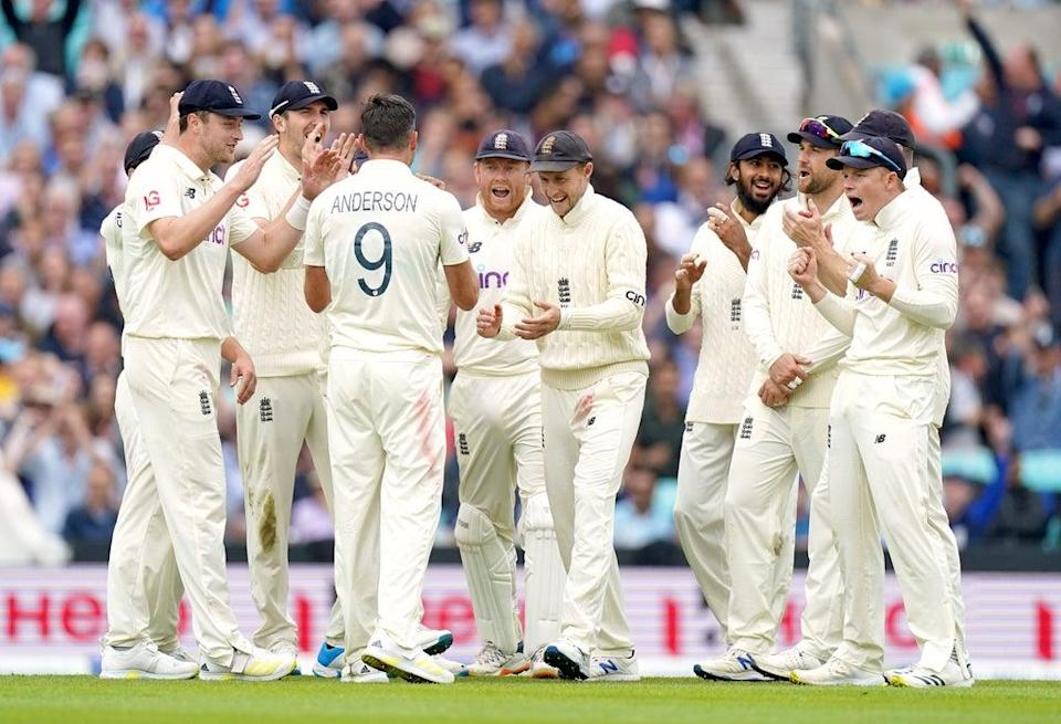 England's James Anderson (third left) celebrates the wicket of KL Rahul (Adam Davy/PA). (PA Wire)