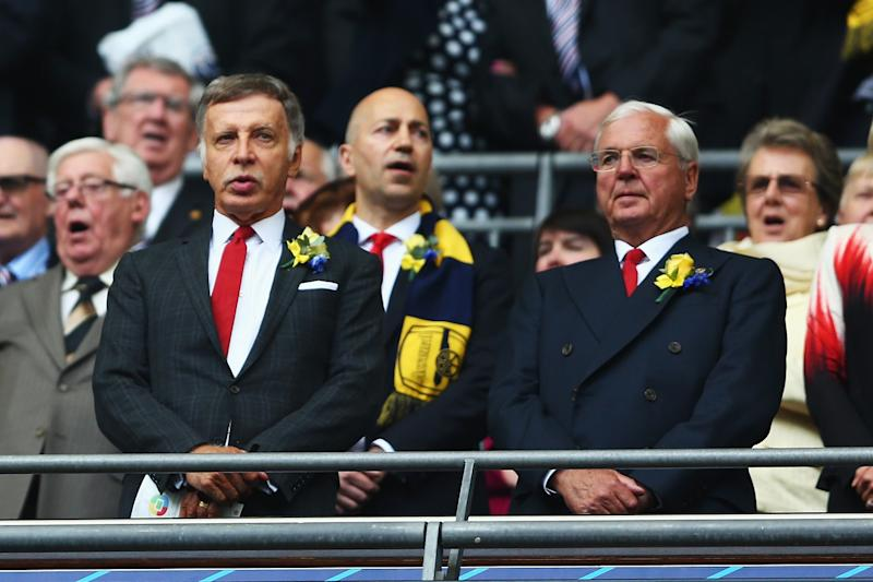 Sir Chips Keswick tells Arsenal shareholders to find Stan Kroenke's opinions in the press - not the AGM