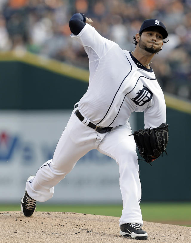 Detroit Tigers pitcher Anibal Sanchez throws against the Minnesota Twins in the first inning of a baseball game in Detroit, Wednesday, Aug. 21, 2013. (AP Photo/Paul Sancya)