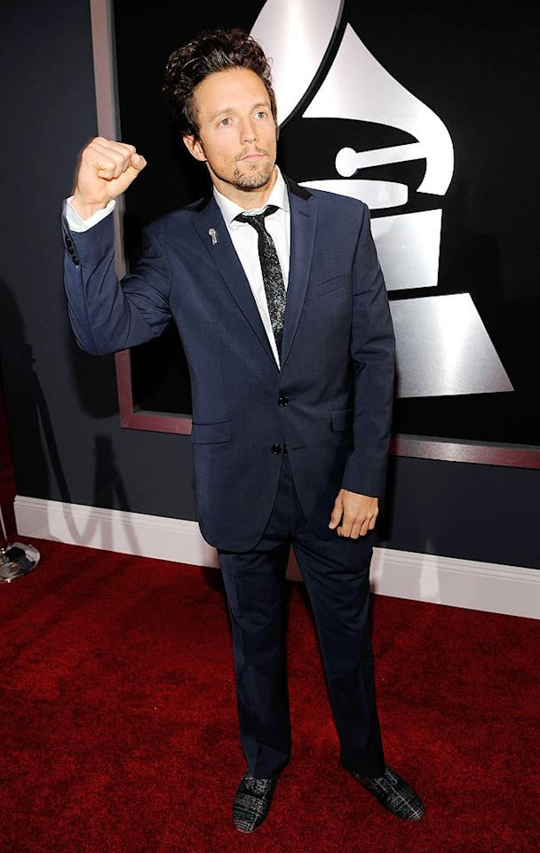 """Jason Mraz  Grade: B+   The adorable """"I'm Yours"""" singer -- who took home two trophies -- paid tribute to the """"Jersey Shore"""" boys by fist pumping his way down the arrivals line. Larry Busacca/<a href=""""http://www.gettyimages.com/"""" target=""""new"""">GettyImages.com</a> - January 31, 2010"""