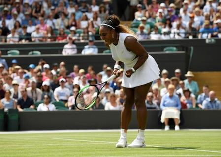 Williams crushes Suarez Navarro to reach quarter-finals