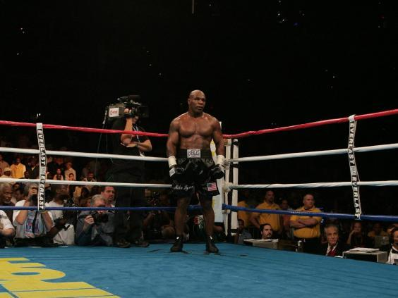 The boxing ring can be a lonely place (AFP via Getty Images)