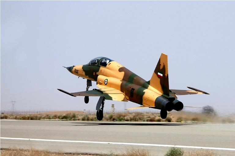"A handout picture released by Iran's Defence Ministry on August 21, 2018, shows the new ""Kowsar"" domestic fighter jet"