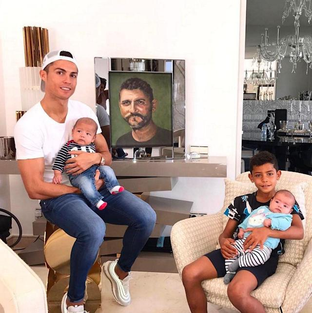 The sons lounge: Ronaldo with his children