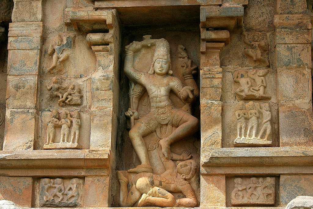Gangai Konda Cholapuram, Kala samharamoorthi. Kalanthakar or Kala samharar -- the aspect of Shiva depicted as slaying the god of death -- is one of the Astanga Moorthams (64 forms) of Lord Siva. This beautiful artwork finds pride of place in one of the niches of Gangai Konda Cholapuram temple.