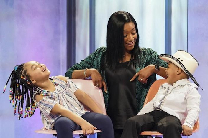 """Tiffany Haddish finds kids """"wigging"""" out when they realize one of her wigs on a shelf"""