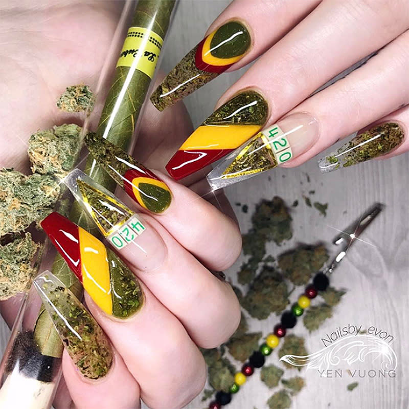 """<p>Declare your love for 4/20 by stamping the date on your nails. (Photo: Instagram/<a rel=""""nofollow"""" href=""""https://www.instagram.com/p/BSpYOy4guPq/"""">nailsby_evon</a>) </p>"""