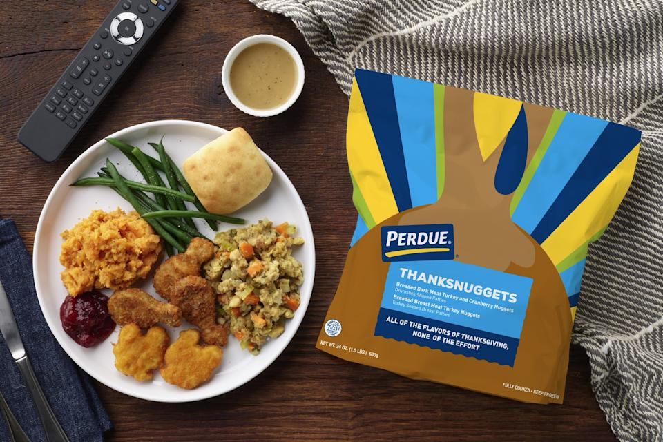 """Missing out on Mom's juicy bird this year? Perdue's turkey ThanksNuggets — shaped like turkeys and drumsticks — just might make your """"Lazygiving."""" (Photo: Perdue)"""