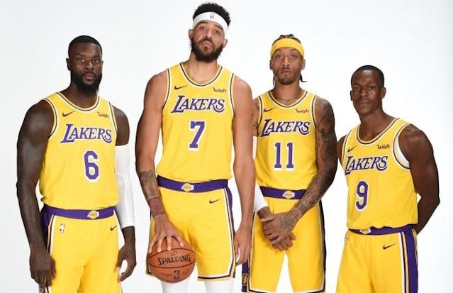 """<p>Cameraman: """"Hey guys, LeBron James has <a href=""""https://sports.yahoo.com/lebron-james-nickname-lakers-notorious-bench-crew-mud-003050095.html"""" data-ylk=""""slk:a new nickname;outcm:mb_qualified_link;_E:mb_qualified_link;ct:story;"""" class=""""link rapid-noclick-resp yahoo-link"""">a new nickname</a> for you — MUD.""""<br>Lance Stephenson, JaVale McGee, Michael Beasley and Rajon Rondo: """"Just take the picture.""""<br>(Getty Images) </p>"""