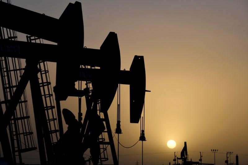 Oil Prices Rise But Stay Below $30
