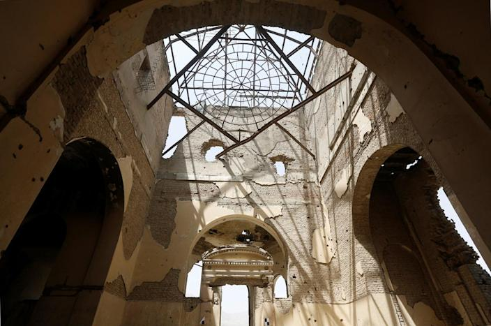 <p>The ruins of Darul Aman Palace are seen in Kabul, Afghanistan June 2, 2016. (Omar Sobhani/Reuters) </p>