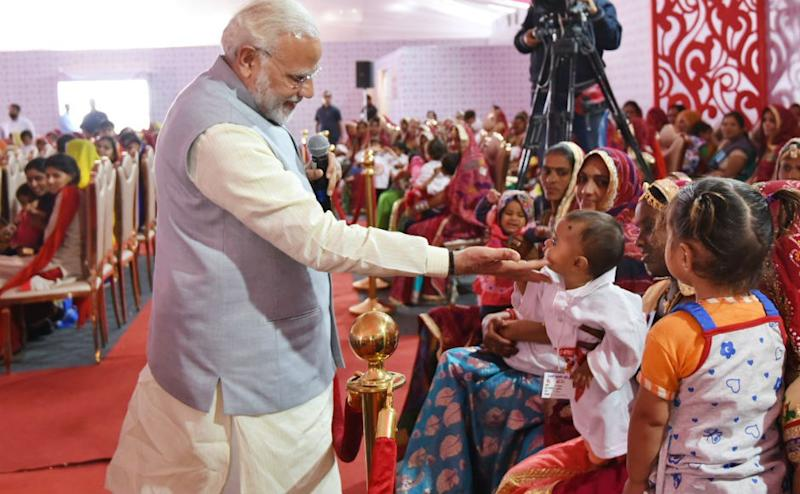 He further emphasised on providing proper nutrition to the children. Referring girls as the 'pride and glory for our nation', he urged people not to consider them as a burden. Twitter @BJP4Rajasthan