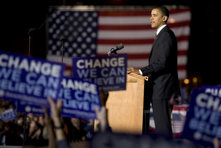 Democratic presidential hopeful Sen. Barack Obama, D-Ill., speaks at a rally in downtown Des Moines, Iowa, on Tuesday, May 20, 2008. (Photo: Kevin Sanders/AP)