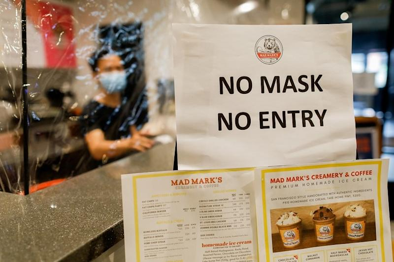 Philippines to Use Police in House-to-house Searches For Coronavirus Cases