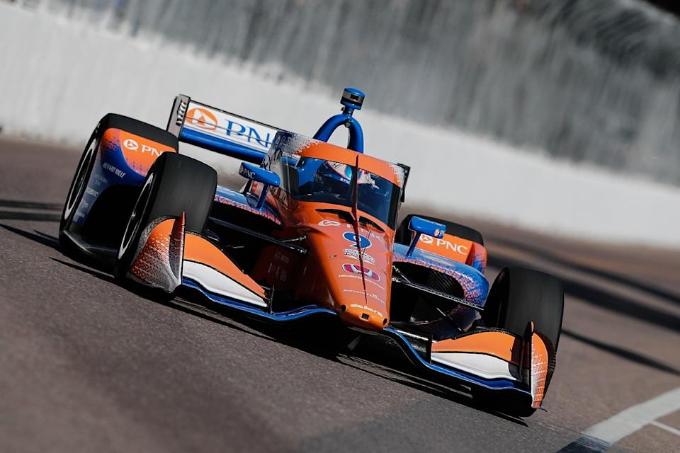Power takes St Petersburg pole, title chasers struggle