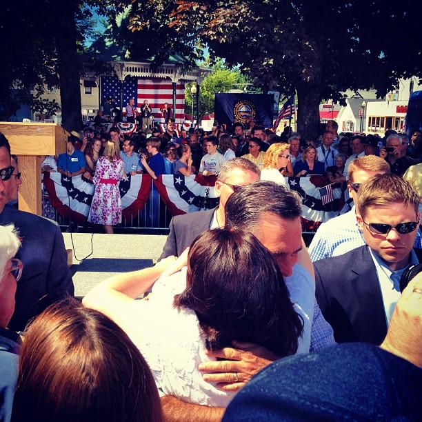 Mitt Romney in Milford, NH. (Holly Bailey/Yahoo News)
